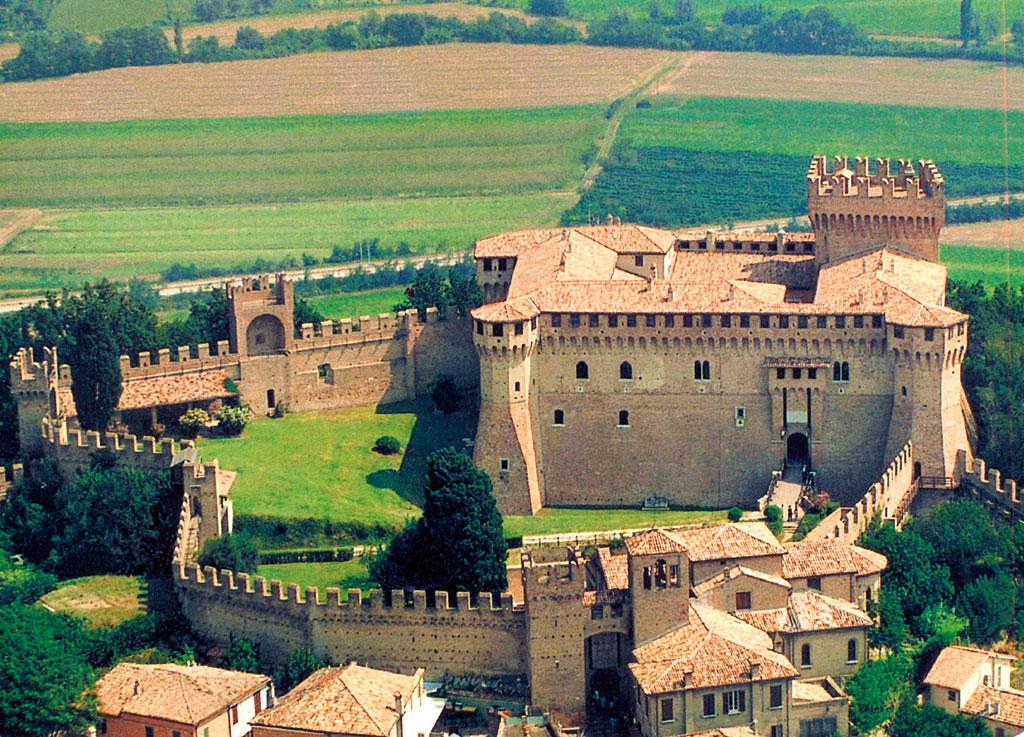 Castello Di Gradara  Visite Guidate E Orari